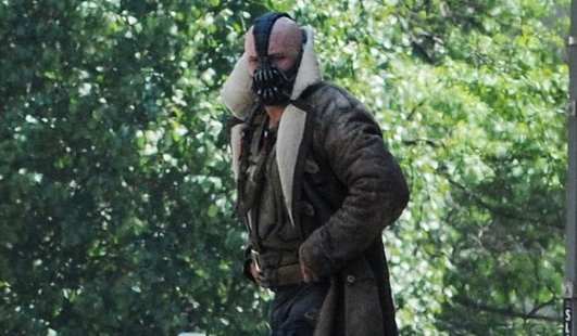 tom-hardy-batman-bane-03p.jpg
